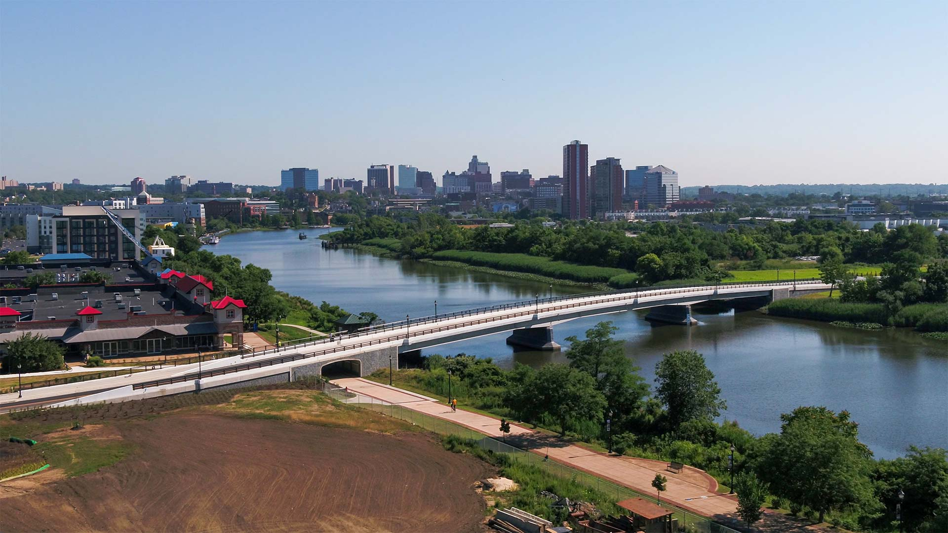 Senator Margaret Rose Henry Bridge Wins America's Transportation Award